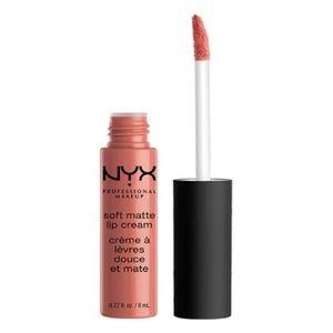 NYX Soft Matte Lip Cream colour ZURICH 💝